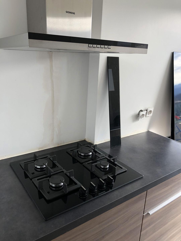 installation-d-une-cuisine-a-crolles-en-isere-par-renovisol