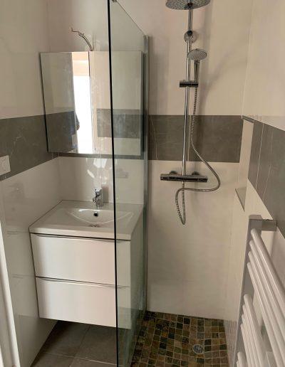 Projet de rénovation d'une salle de bain à crolles en Isère par Renov'isol