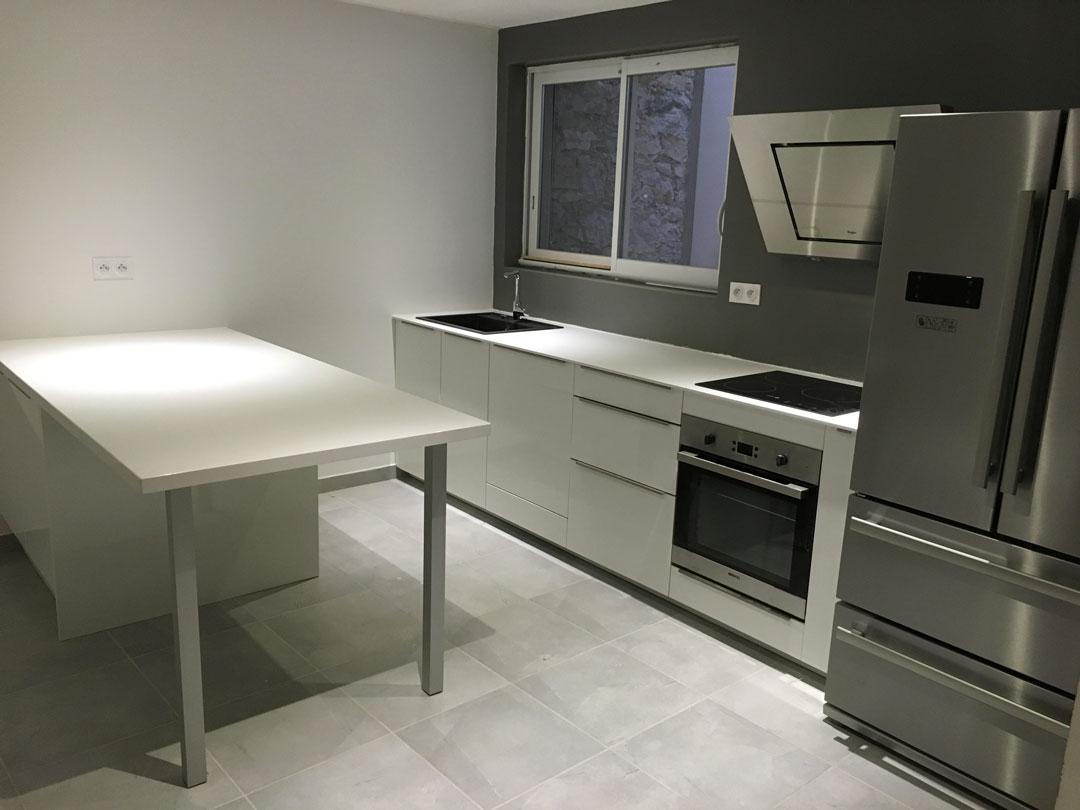 Renov'isol installe votre cuisine à Grenoble et en Isère