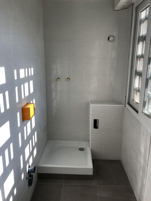 Installation d'une salle de bain à Crolle 38920 par Renov'isol