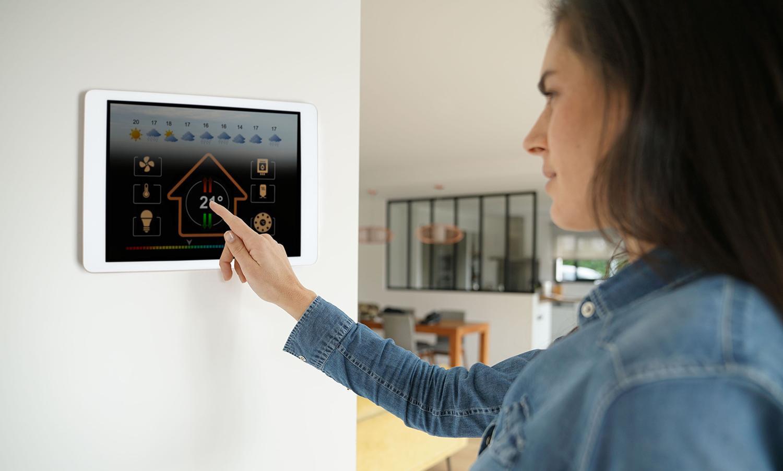 Installation et connection de la maison avec la domatique Somfy à Crolles en Isère par Renov'isol
